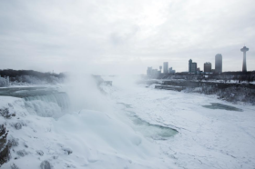 This Is What Niagara Falls Looks Like When It Freezes Over